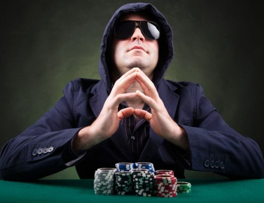 Poker Player – What to Choose Online Poker or Live Poker